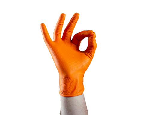 PORTER DES GANTS ORANGE EN DIAMANT ?